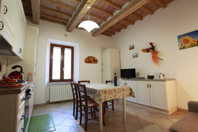 Borgo Rosia Bilocale, holiday rental in Orgia
