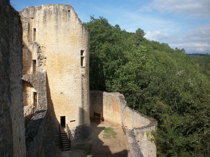 Chateau Bonaguil an unusual chateau to visit