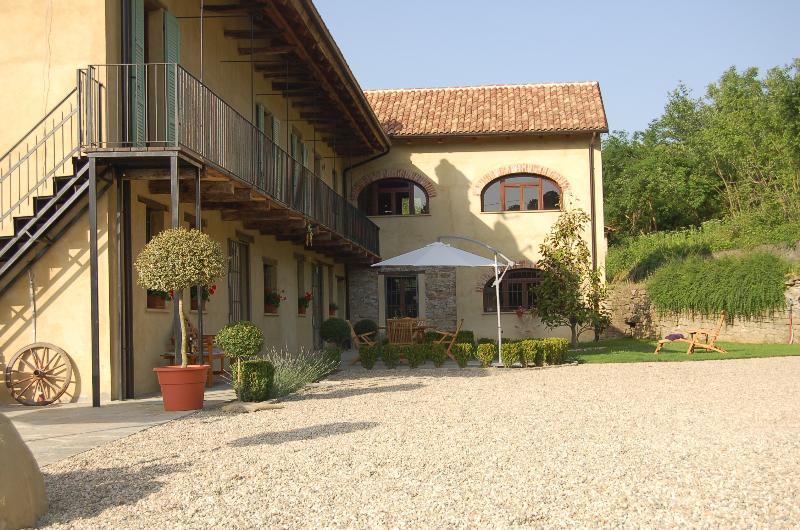 Villa Bergolo is a newly renovated holiday home with private pool. To enjoy, relax & have fun.