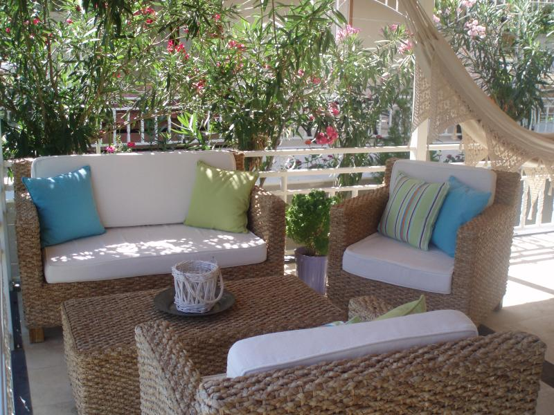 Villa Evin is a spacious and family-friendly house with enclosed garden and sunny terrace