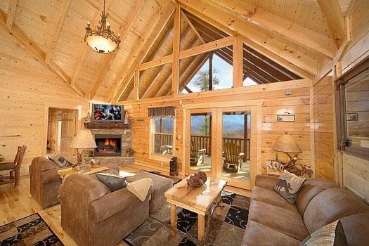 Living Room at Elk Ridge Lodge