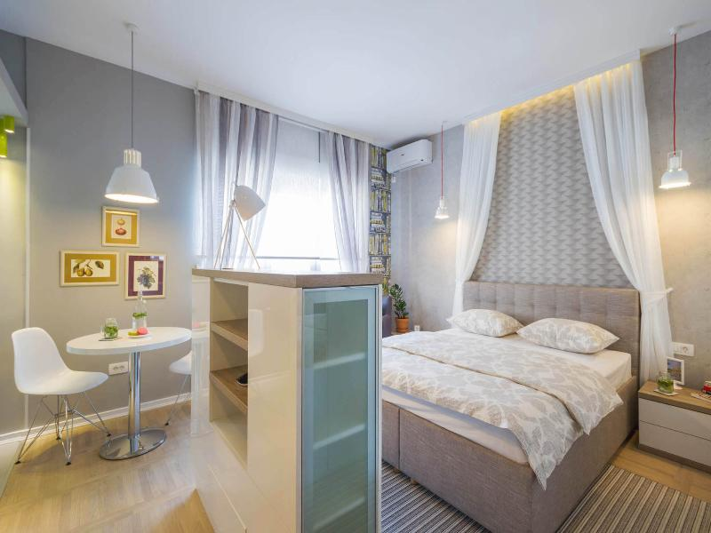 Private 5 Star Boutique Studio Art ★ Main Pedestrian street Knez Mihailova, vacation rental in Belgrade