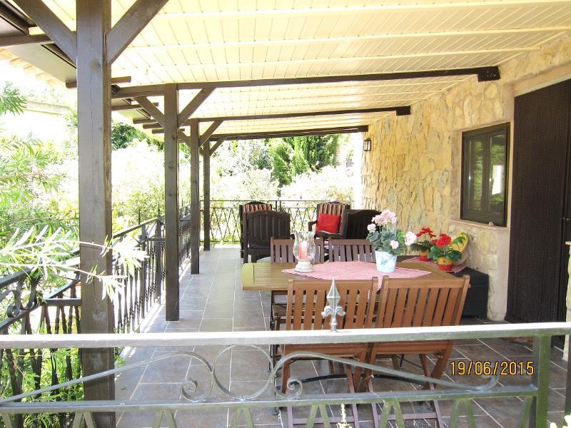 Terrasse und Veranda
