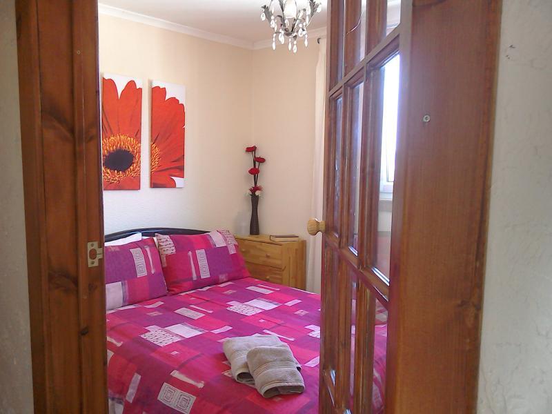 Bertro Bedroom