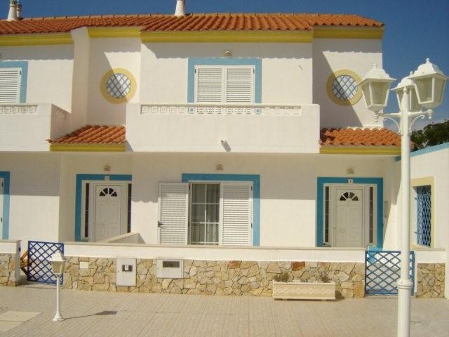 Excelente moradia com 2 quartos, piscina F, alquiler de vacaciones en Vila Nova de Cacela