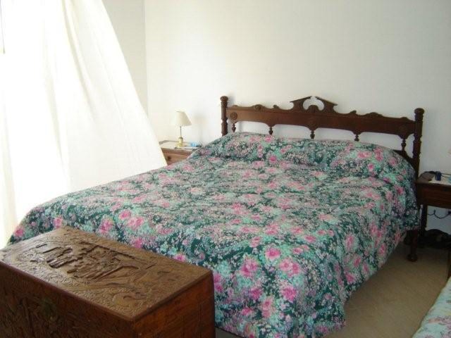 2 bed villa with pool & wifi - Manta Rota F monthly stays welcome, vacation rental in Sao Bartolomeu