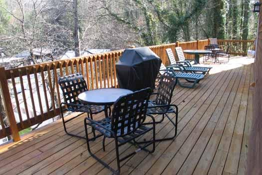 Deck with Grill at Windhover