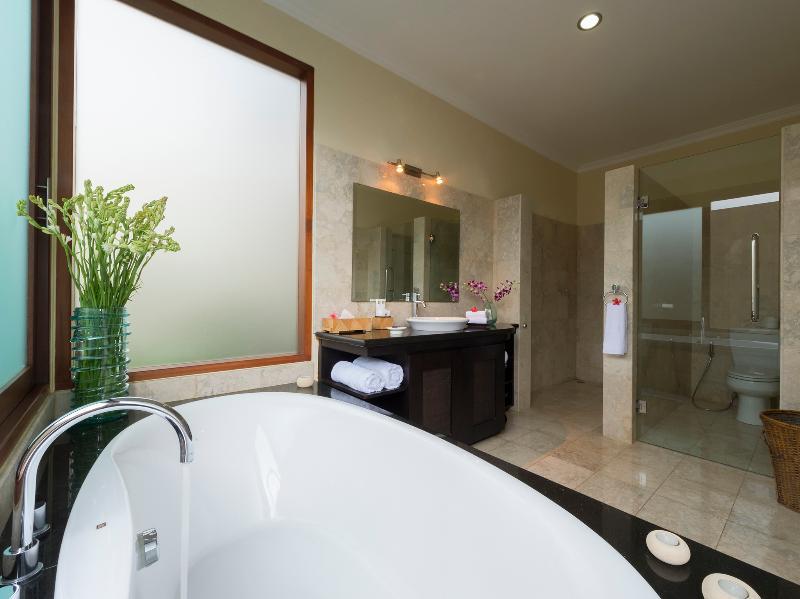 Villa Asada - Guest bathroom 1