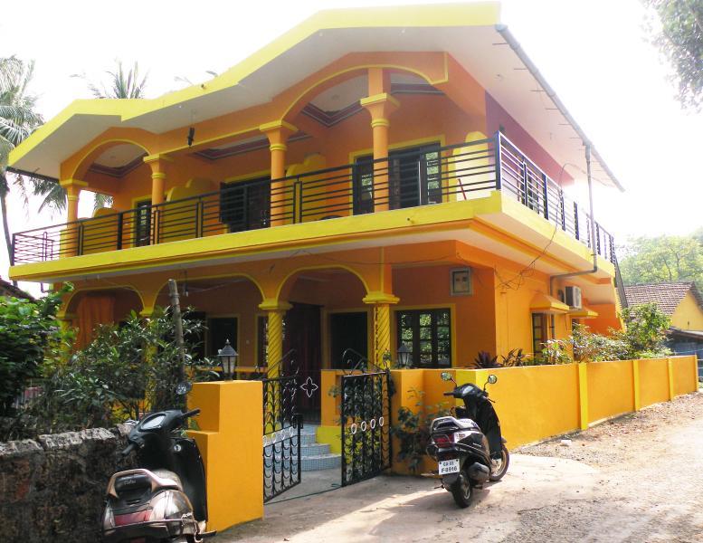 Sai Guru Guest House, location de vacances à Bardez