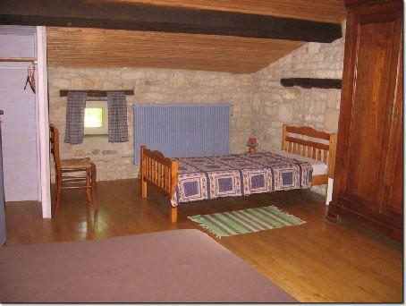 Schlafzimmer OG Zusatzbett