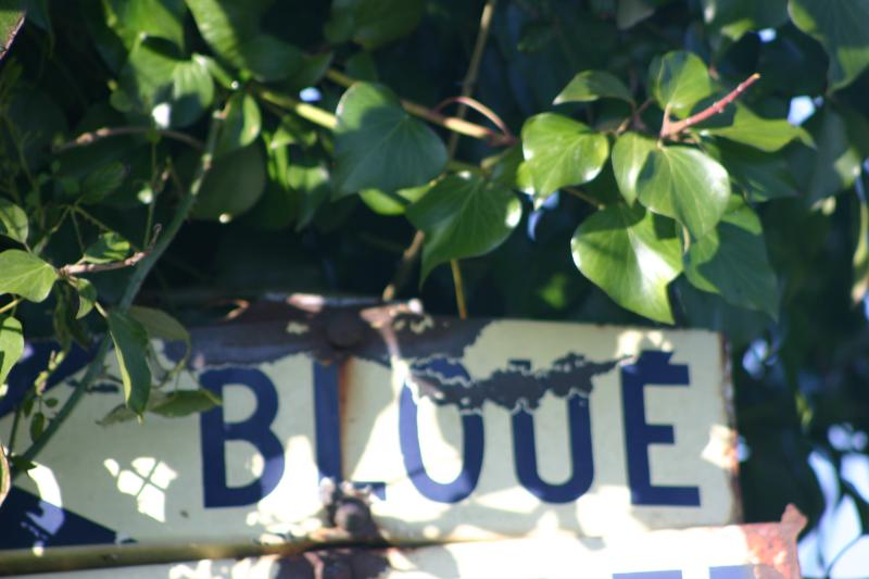 Willkommen in Bloué