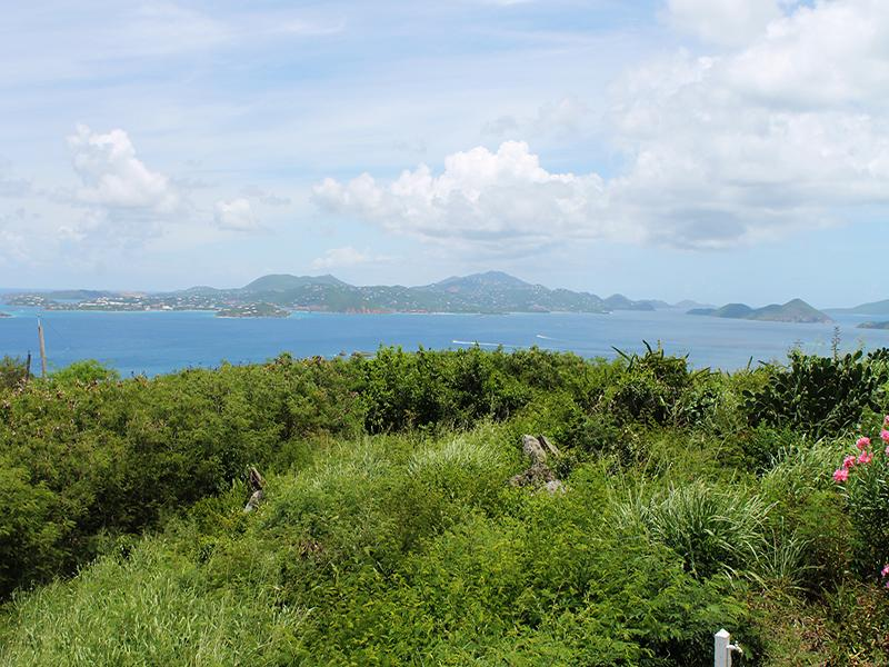 Vista sull'oceano verso St. Thomas