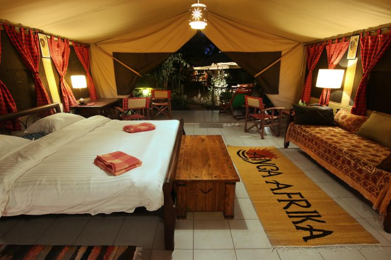 Anga Afrika Boutique Camp with Pool, alquiler de vacaciones en Nairobi