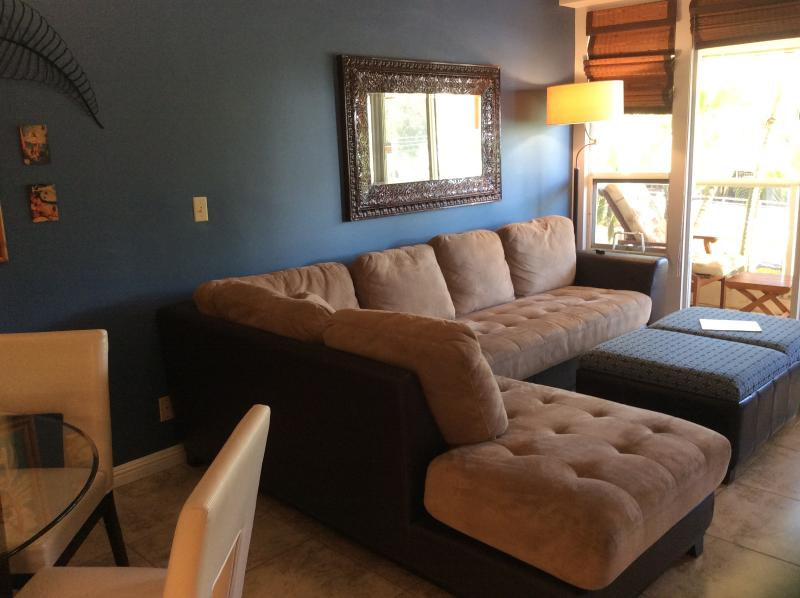 Sectional couch that doubles as two twin beds
