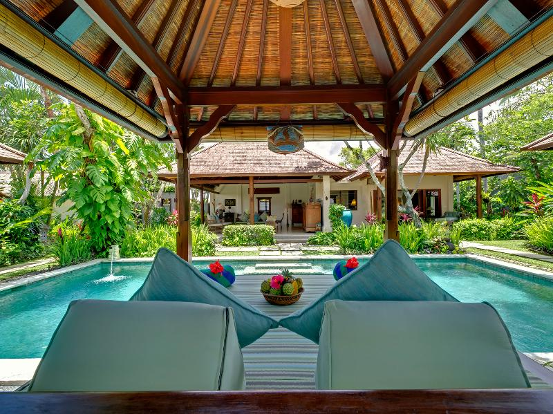 2. Villa Kedidi - Pool bale