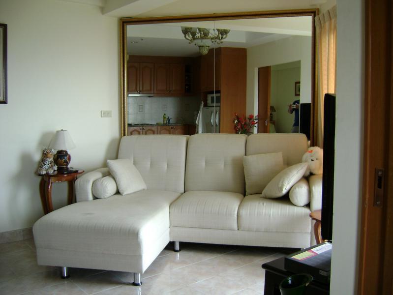 sitting-sleeping area
