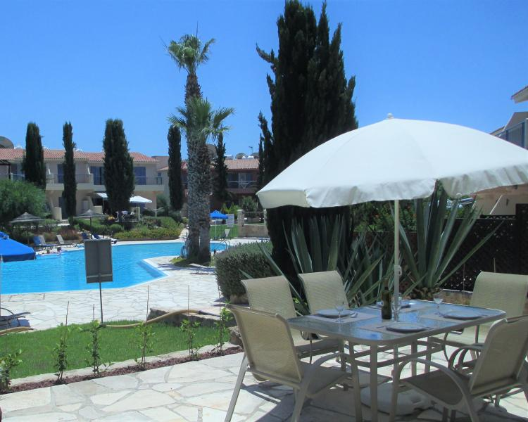 Hera Apartment: A paradise in the sun! (So our guests have said!)