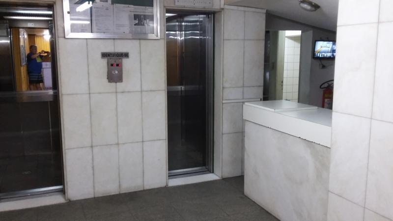 Portaria (2 elevadores)
