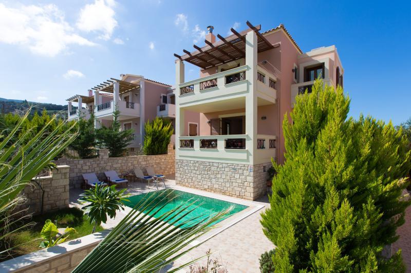 Villa Sia front