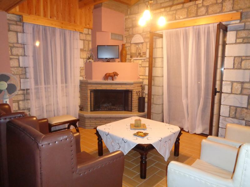 Menina Farm - George, vacation rental in Kalamata