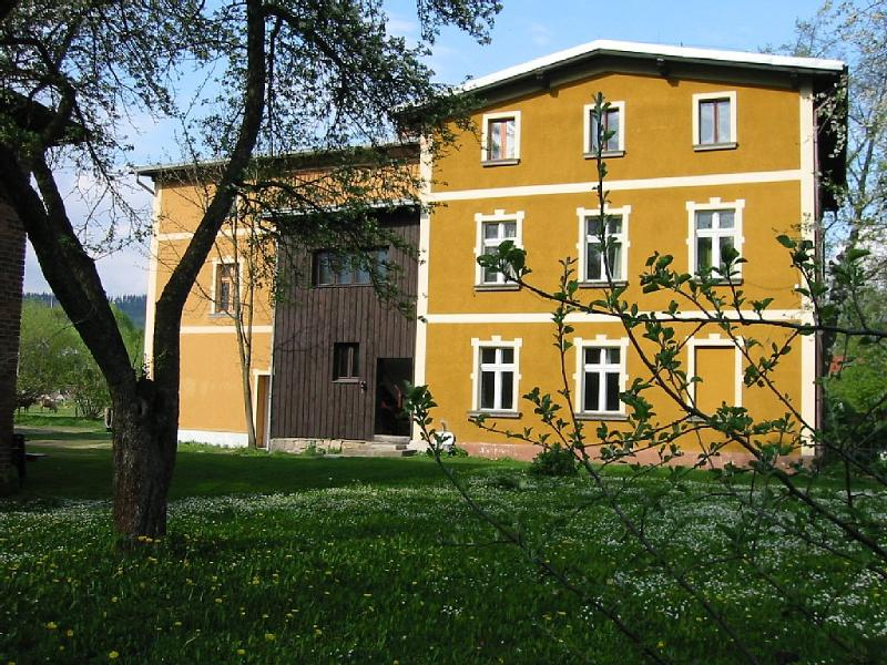 Beautifull spaceous mansion near a small river in a pittoresk Polish village. Ideal for big families