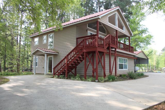 Fisherman's Dream on 6 Mile Bayou, holiday rental in Milam