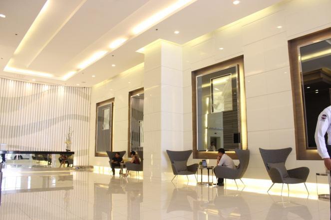 Lounge next to Lift lobby