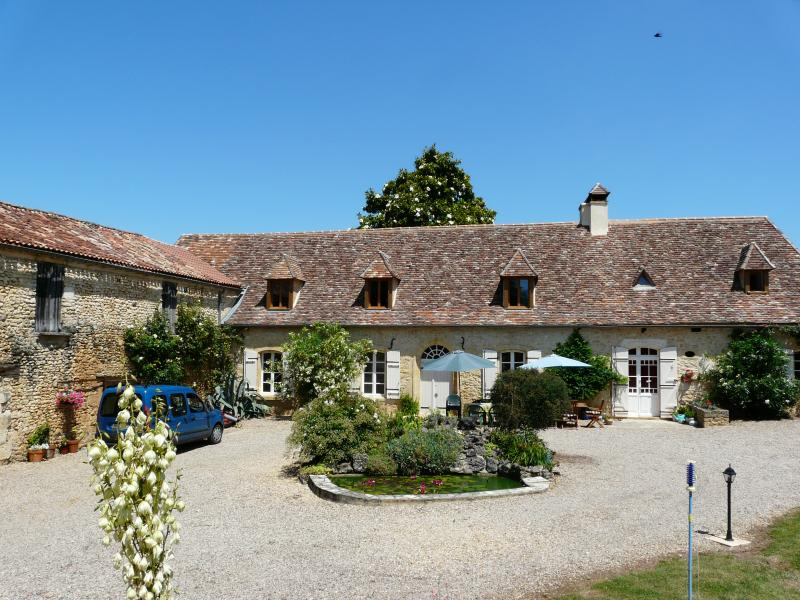 La Fourquerie Why not explore the area- Walk, Cycle, Canoe, Vineyards & Restaurants