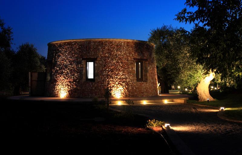 I Furneddhri - (IL NOCE) Luxury Apulia Trulli, holiday rental in Casarano