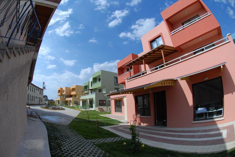 CEYLAN TERMAL SAĞLIKLI YAŞAM KÖYÜ 1+1 APART HOUSES, casa vacanza a Afyonkarahisar Province