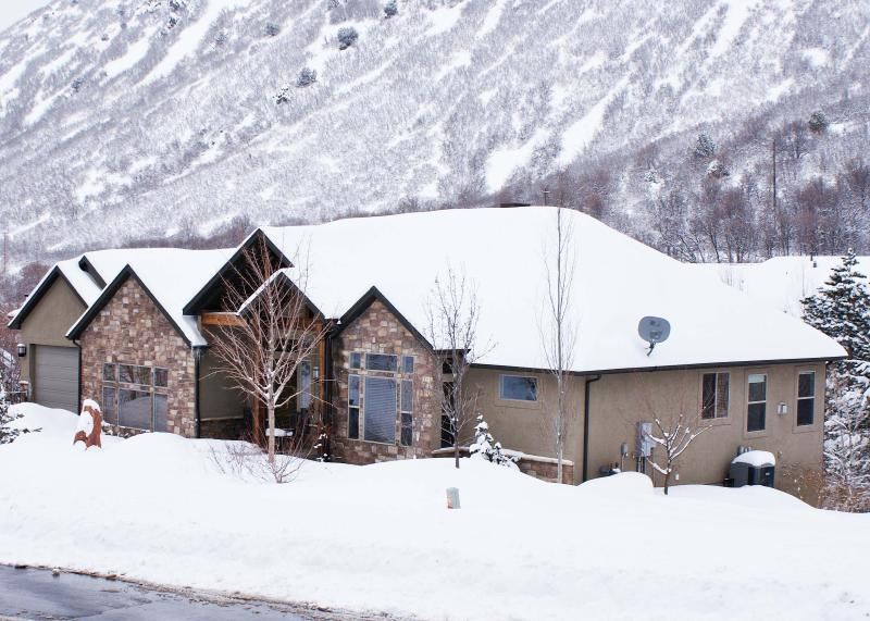 Enjoy Utah's famous snow based in this fantastic home on the road to Snowbird and Alta resorts!