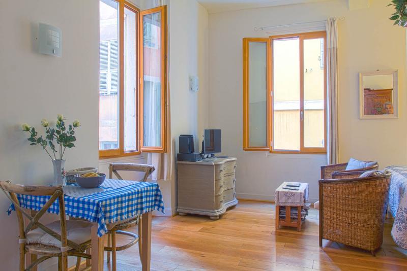 Dining/Livingroom Corner