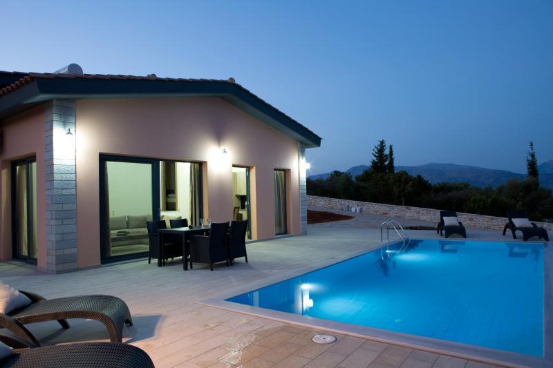 NEMA villas, vacation rental in Spartochori