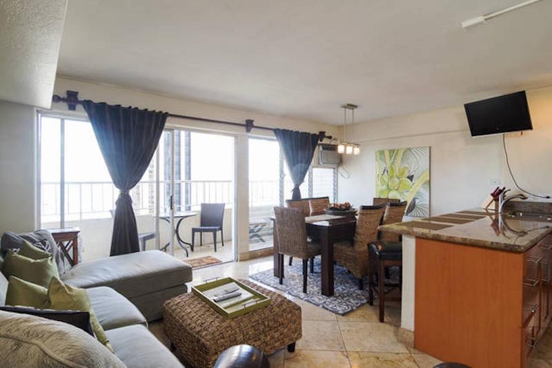 3 bedroom w oceanview across from modern hotel updated - 3 bedroom suites in honolulu hawaii ...