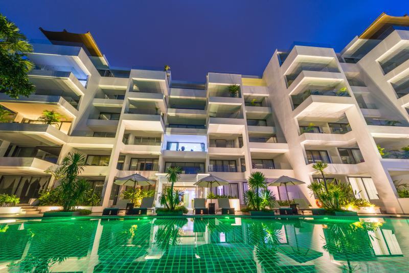 2 Bedroom Seaview Executive Apartment, vacation rental in Bang Tao Beach