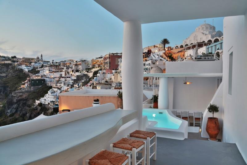 BlueVillas | Villa Armelle |  Private outdoor jacuzzi with view near Fira town, holiday rental in Karterádhos