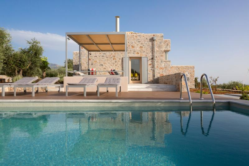 The Architect's Villa, vacation rental in Stoupa
