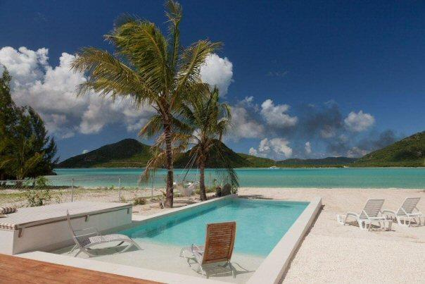 Villa Out of the Blue, holiday rental in Jolly Harbour