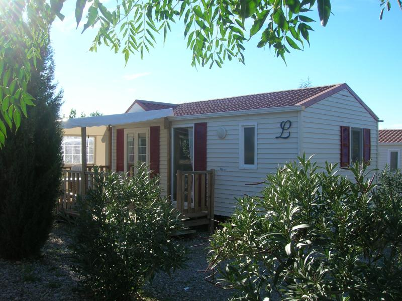 Residence de plein air Camping Domino, vacation rental in Nissan-lez-Enserune