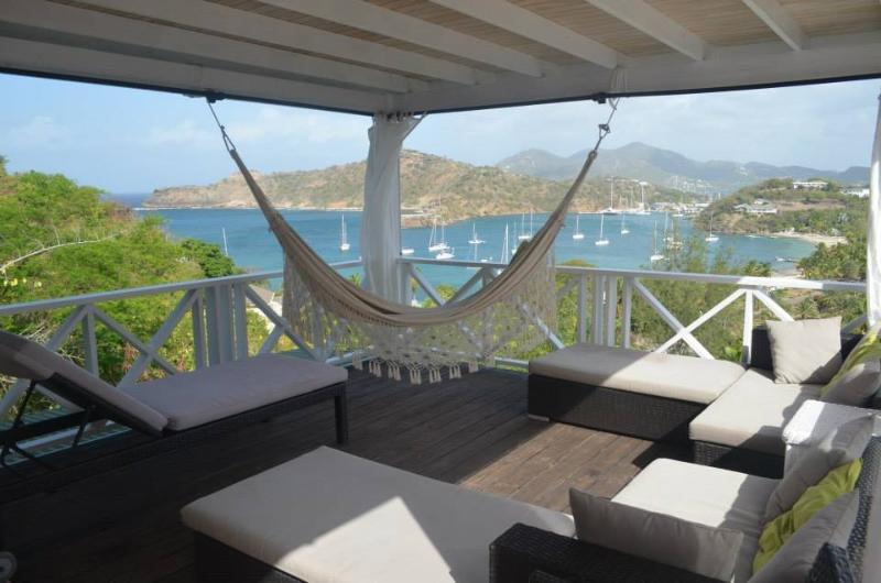 Spacious Cabana to relax enjoying the trade winds with spectacular views and sunsets of Freemans Bay
