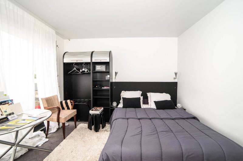 louer appartement 16th / XVIe Bed &