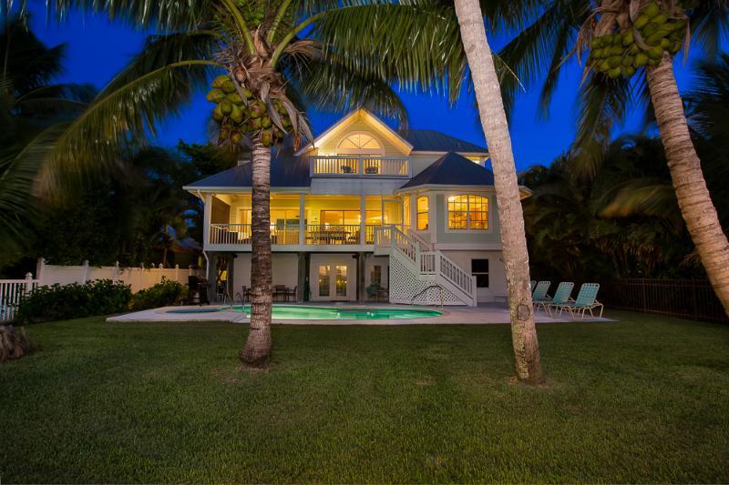 Captiva Bayfront 4 bedroom/4 bath, boat dock, pool, holiday rental in Captiva Island