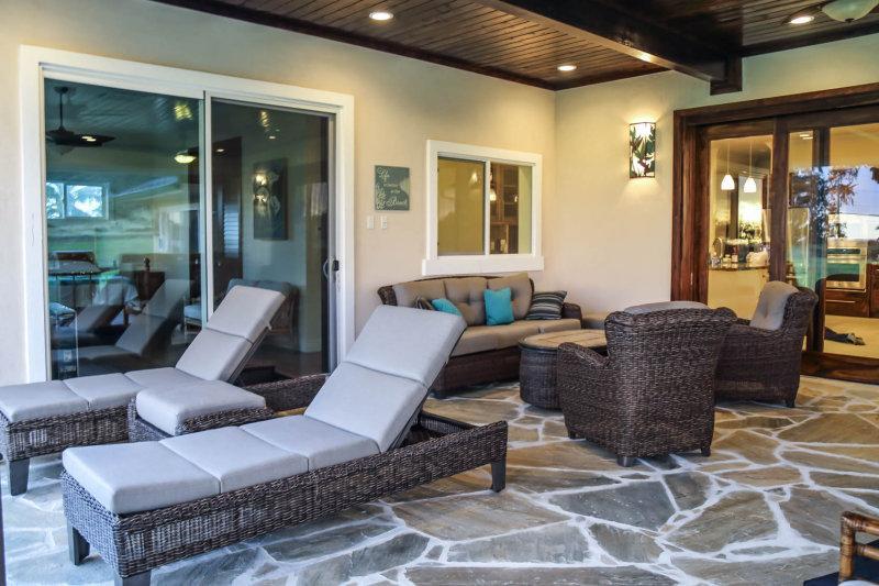 Lounge away at the North Shore Country Villa