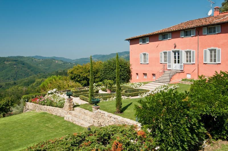 Villa Bellaria 8, holiday rental in Valdottavo