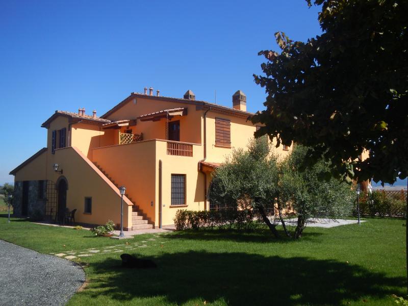 Agriturismo Scaforno Vacanze, appartamento Ortensia, location de vacances à Nibbiaia
