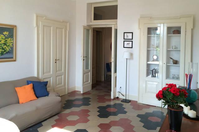 CASA DI MARISA APPARTAMENTO PER AFFITTI BREVI, Ferienwohnung in Villa Oliveti