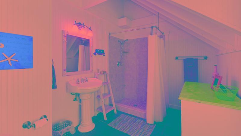 Bathroom | Standalone Shower