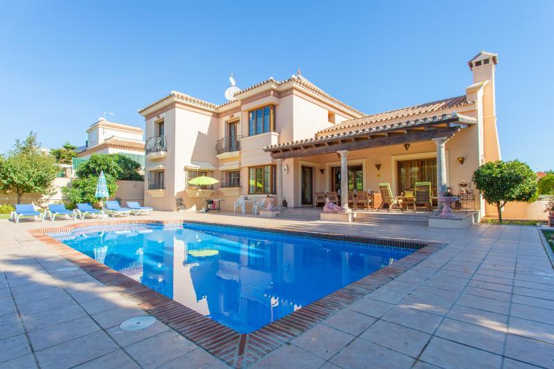 Villa Montecarlo, vacation rental in San Pedro de Alcantara