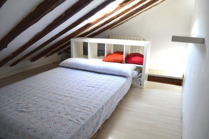 Habitacion planta superior, con cama doble para dos personas