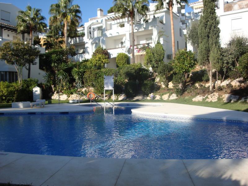 2 bed/2 bath Apt, Mijas Costa near beach and golf – semesterbostad i Mijas